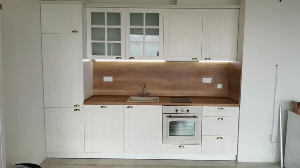 Кухня с мембранни врати - старинни