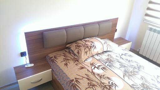 легло с кожен елемент